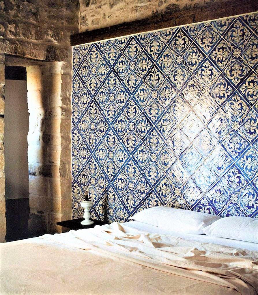 parete in ceramica blu siciliana