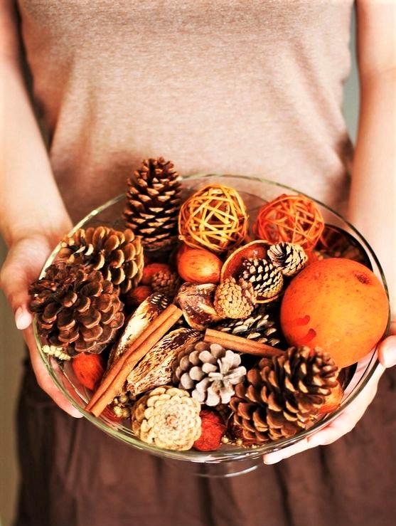 piatto con decorazioni autunnali