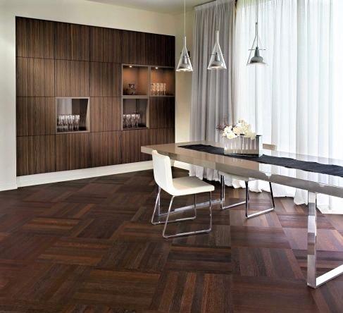 Arredamento Casa Moderna Bianca.Come Arredare Casa Con Parquet Scuro Webtiles